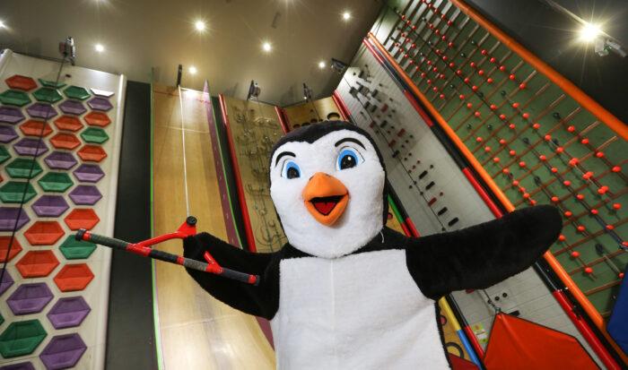 The Oceanarium mascot visited RockReef
